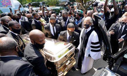 Погребан Џорџ Флојд чија смрт поттикна протести во САД и светот