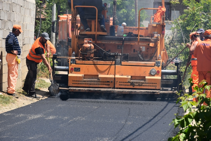 Започна асфалтирањето на регионалниот пат помеѓу населените места Кадино Село и Галичани