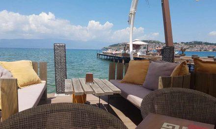 Владата со уредба до закупците: Плажите на Охридското езеро да се вратат во првобитна состојба
