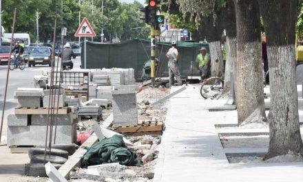 Во полн ек е реконструкцијата на патната мрежа во градот и населените места