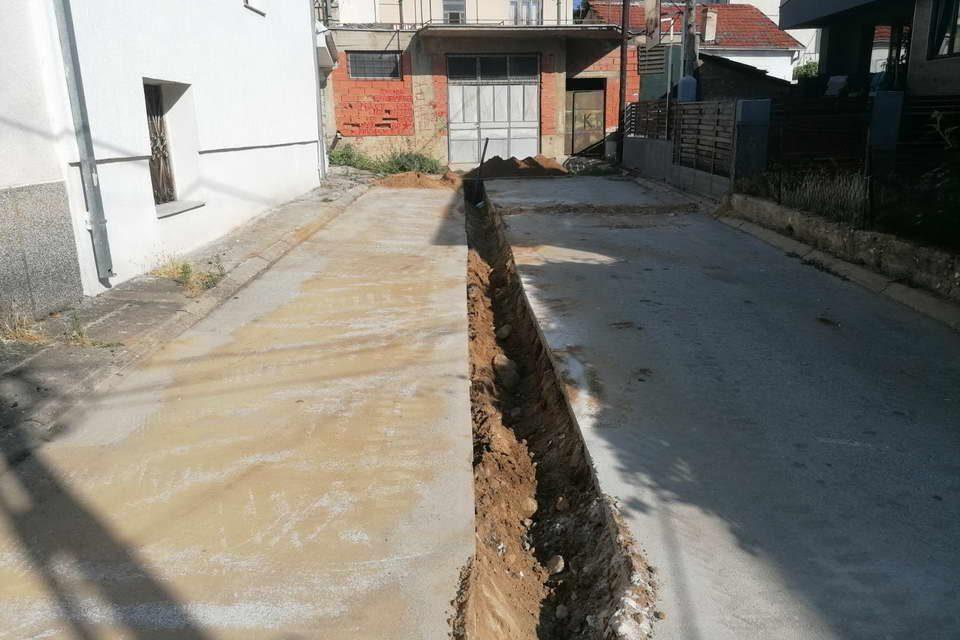 """Привршува реконструкцијата на водоводна линија на улица """"Пелистерска"""""""