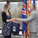Дводневната посета на Прилеп, британската амбасадорка Галовеј ја започна со средба со градоначалникот Јованоски