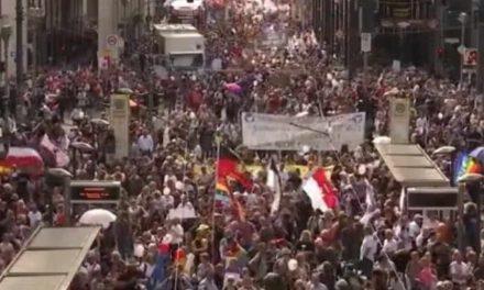 Во Берлин не протестираa 4 милиони луѓе, туку само 40-ина илјади