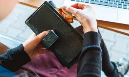 НБРМ: Плаќањето со картички преку Интернет зголемено за 122,6 проценти за време на ковид-19