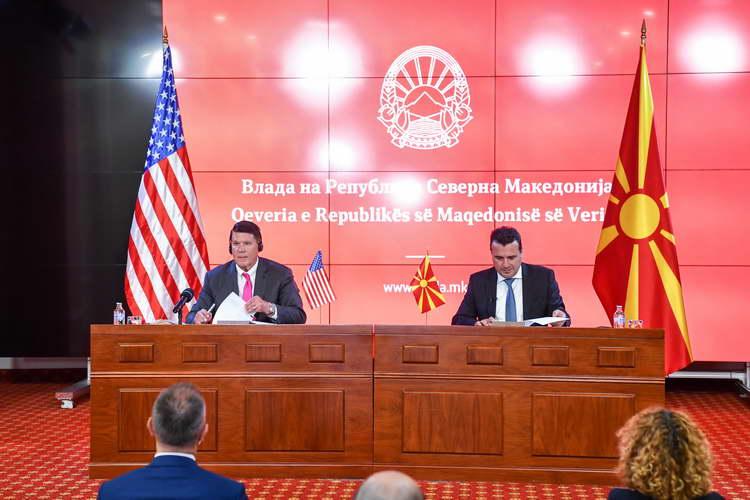 Заев: Северна Македонија и САД ја потврдија соработката за безбедност на 5G технологии