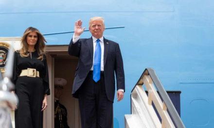 Американскиот претседател Трамп и неговата сопруга Меланија се позитивни на ковид-19