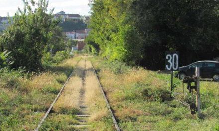 РЕПОРТАЖА: Црно ѝ се пишува на пругата Велес-Кочани по завршувањето на новите патишта на Истокот