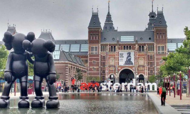 Најпознатите песни за Амстердам од бившојугословенските простори