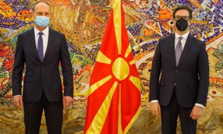 Претседателот Пендаровски ги прими акредитивните писма на новоименуваниот француски амбасадор, Сирил Бомгартнер
