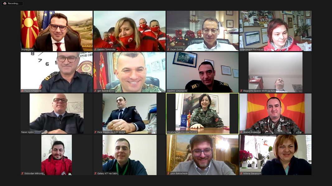 Премиерот Заев до борците од првите линии со КОВИД-19: Вие сте нашите херои, сите сме ви должни и благодарни