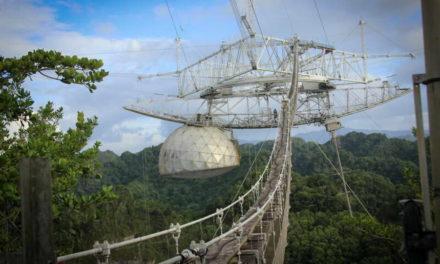 Видео од паѓањето на телескопот Аресибо