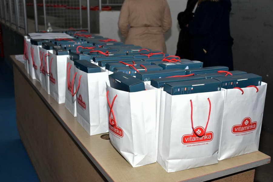 """Донација од 50 таблет компјутери за ученици од ООУ """"Добре Јованоски"""""""