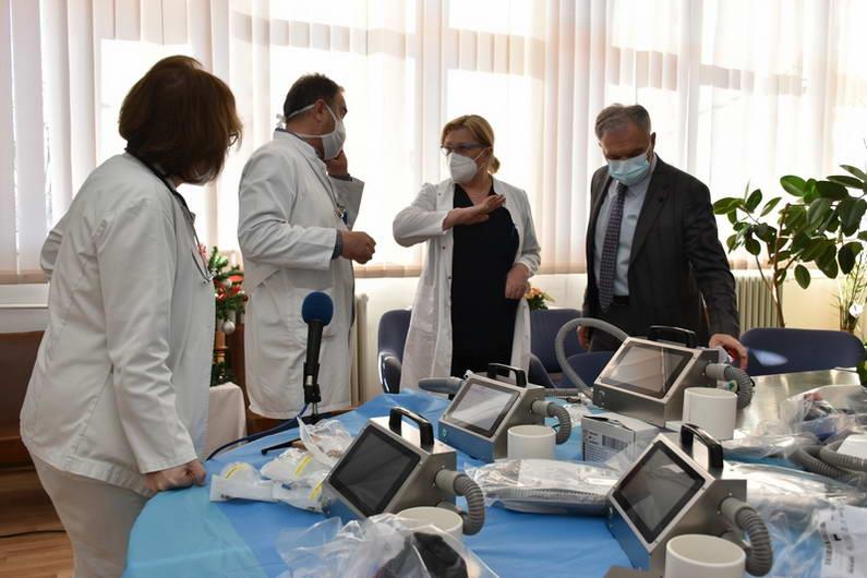 Прилепската болница доби донација на медицинска опрема вредна 200.000 швајцарски франци