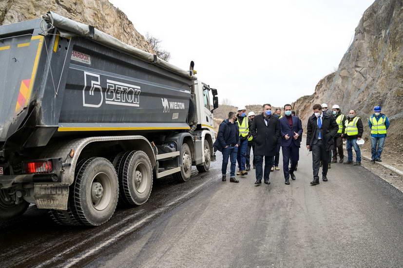 Бочварски: Преку 700 милиони евра инвестираме за модернизација на Коридор 8