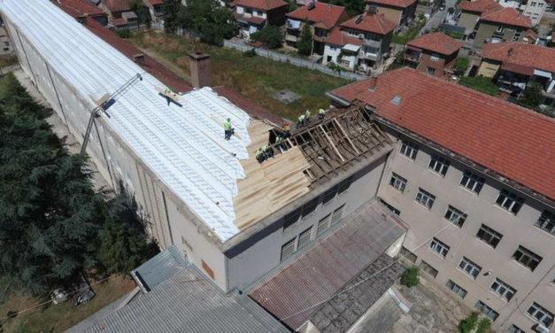 """Гимназијата """"Мирче Ацев"""" со рекордни инвестиции од еден милион евра"""