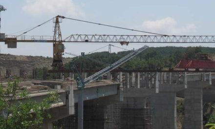 """Американско-турскиот конзорциум """"Бехтел-Енка"""" влегува во изградба на автопатите на Коридор 8 и 10д"""