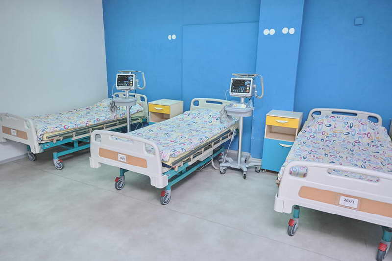 Во ковид центрите се лекуваат 422 пациенти, има 470 слободни кревети