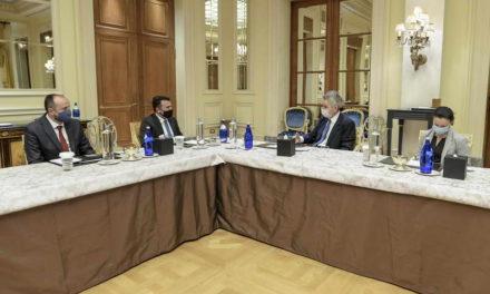 Премиерот Заев и амбасадорот на САД во Грција Пајат ги потврдија придобивките од Договорот од Преспа и ги поддржаа регионалните економско-енергетски иницијативи