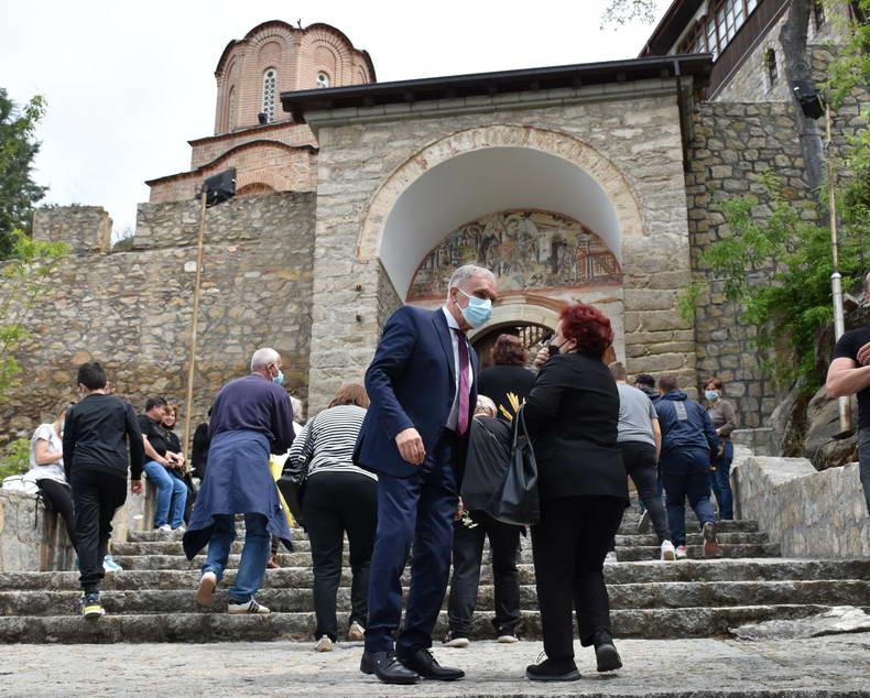 Јованоски во посета на Варош: Со надеж дека наскоро пандемијата ќе биде минато, нека е честит празникот Голем Петок – Балаклија