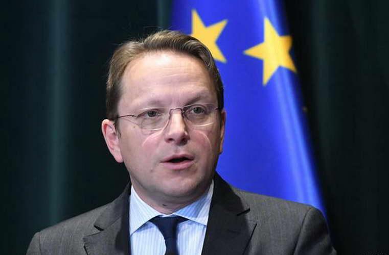 Стандард: Изјавите на Вархеји предизвикуваат чудење во ЕУ