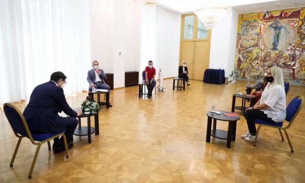 Средба на претседателот Пендаровски со претставници на здружението Асоцијација за Цистична Фиброза