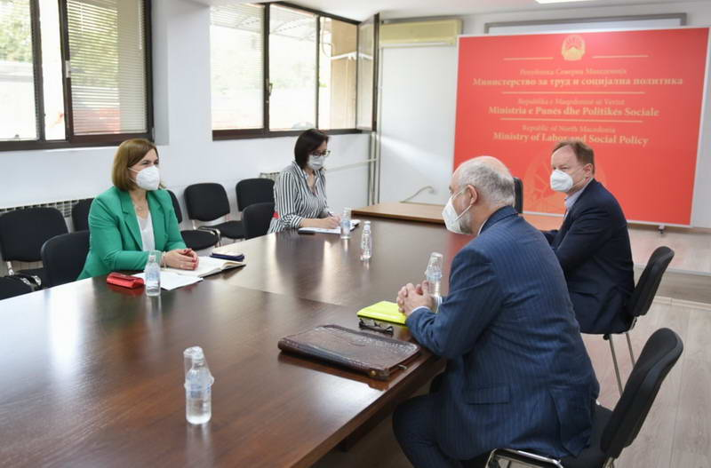 Шахпаска со австрискиот амбасадор Вуцас: Северна Македонија и Австрија продолжуваат со тесната соработка во делот на социјалните услуги и пазарот на трудот