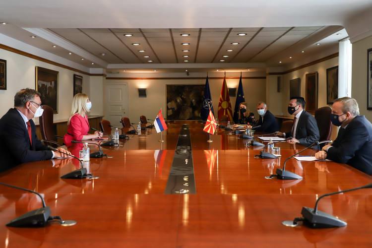Средба на премиерот Заев со српската амбасадорка Јовановиќ: Премиерот Заев и Владата се покажаа како кредибилни партнери, висок степен на пријателство и соработка меѓу двете земји