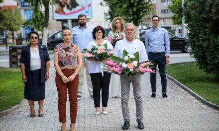 Прилеп ја одбележа годишнината од смртта на Методија Андонов-Ченто