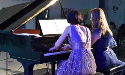 """""""Балканска Синтеза"""", концерт на пијанистките Јасмина Трајческа и Ловорка Немеш Дулар во прилепскиот Центар за култура"""