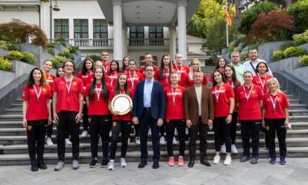 Прием за женската ракометна кадетска репрезентација кај претседателот Пендаровски