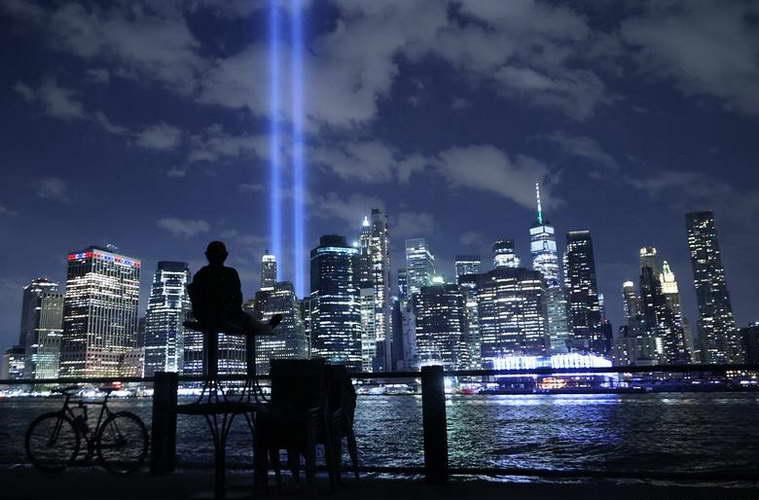 Фотографија на денот: 20 години од нападите на 11 септември