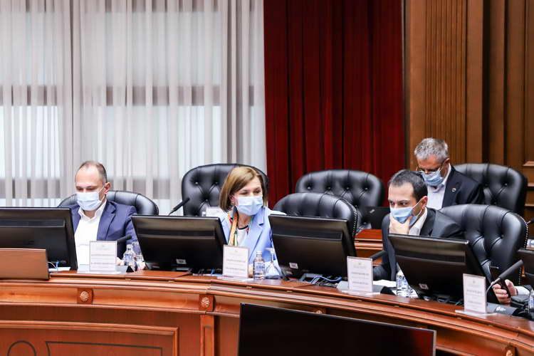 Од 112-та седница на Владата: На културно-уметничките настани во затворено се дозволува до 50% публика со две дози вакцина